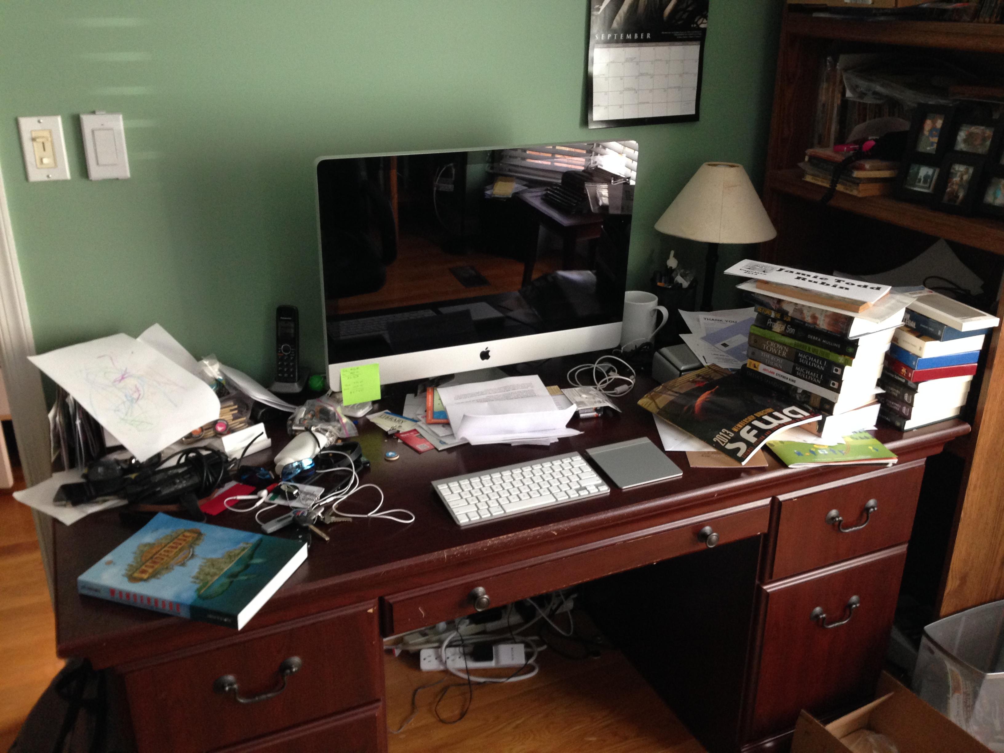 my desk october 17 2013 jamie todd rubin. Black Bedroom Furniture Sets. Home Design Ideas